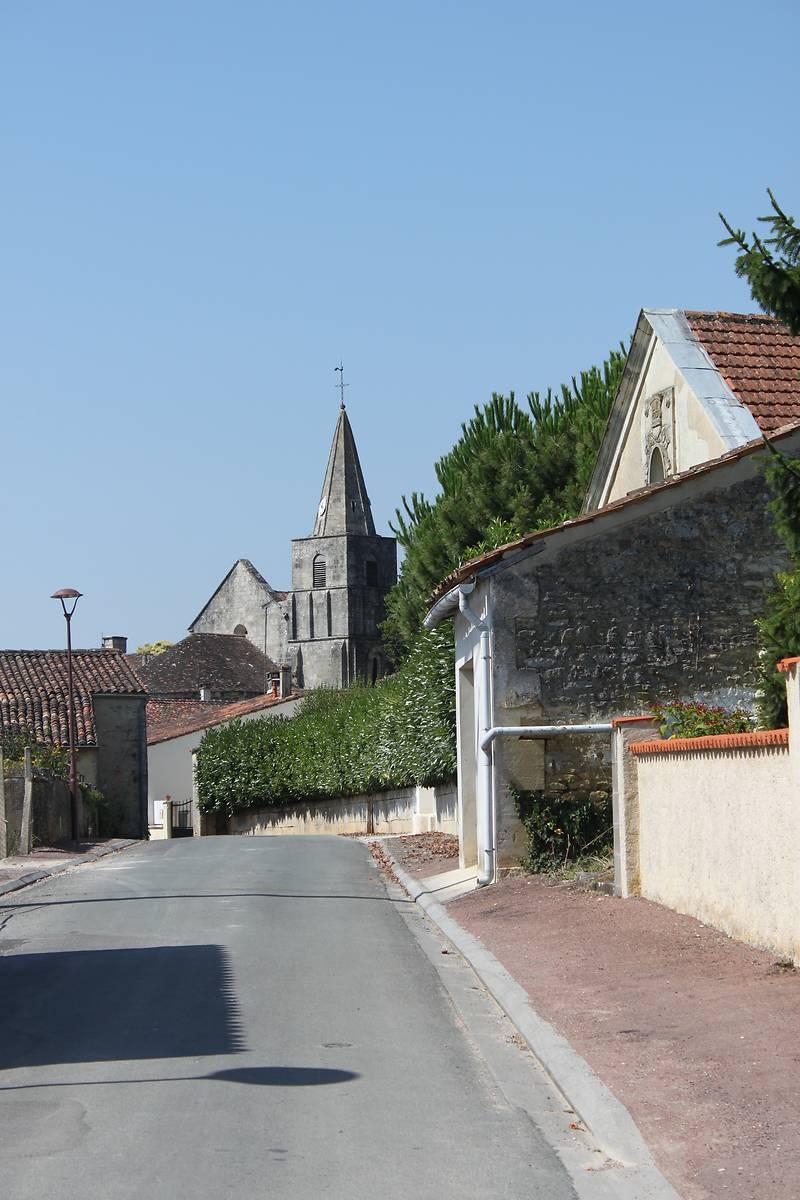 EGLISE DE CHERVES-RICHEMONT
