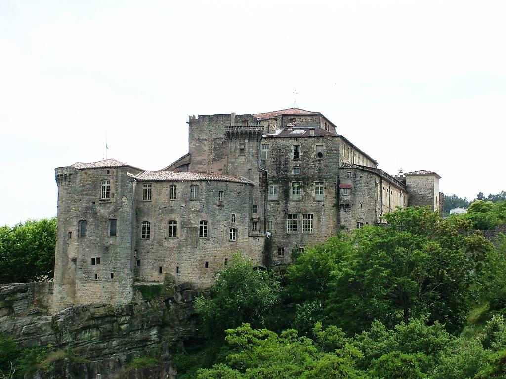 chateau de largentire