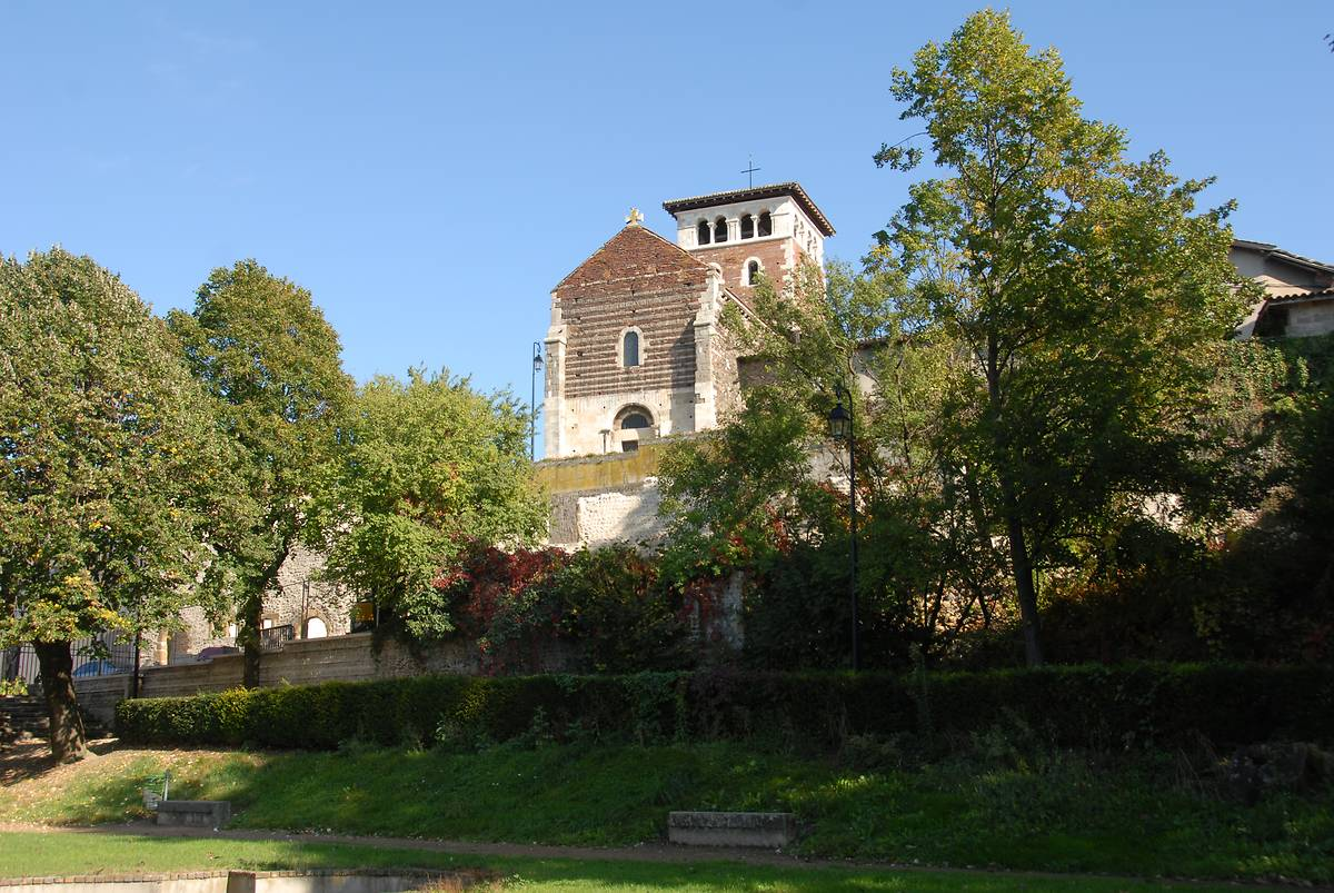 ANCIEN PRIEURE DE TERNAY