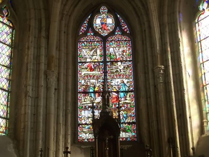 VITRAUX DE L'EGLISE ST PIERRE D'AULT