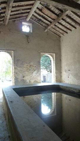 LAVOIR DE CENNE MONESTIES