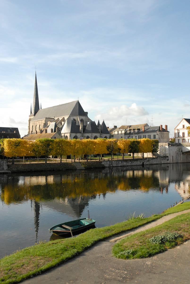 EGLISE SAINT JEAN-BAPTISTE DE NEMOURS