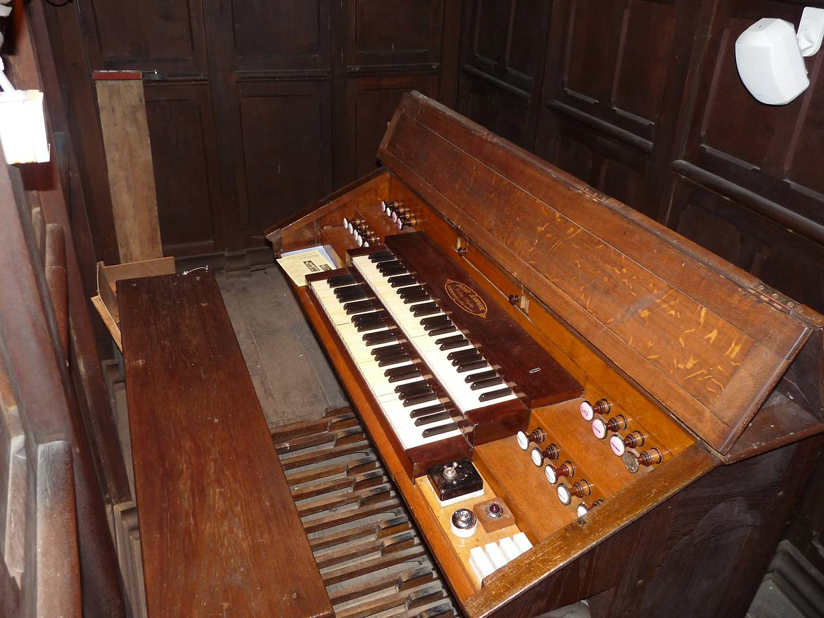 ORGUE DE LA BASILIQUE SAINT-PIERRE FOURIER A MATTAINCOURT