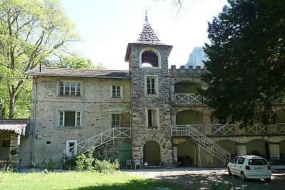chateau de la causega a fontan