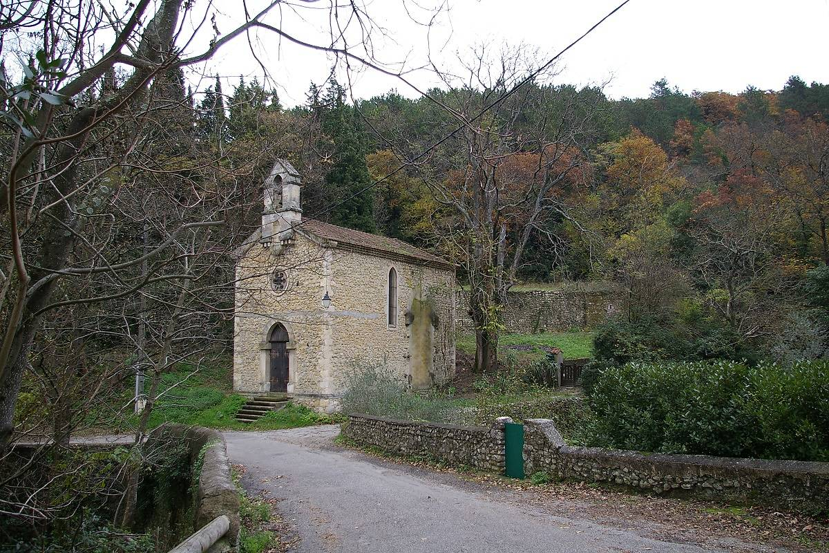 CHAPELLE SAINTE LUCIE À MIRMANDE