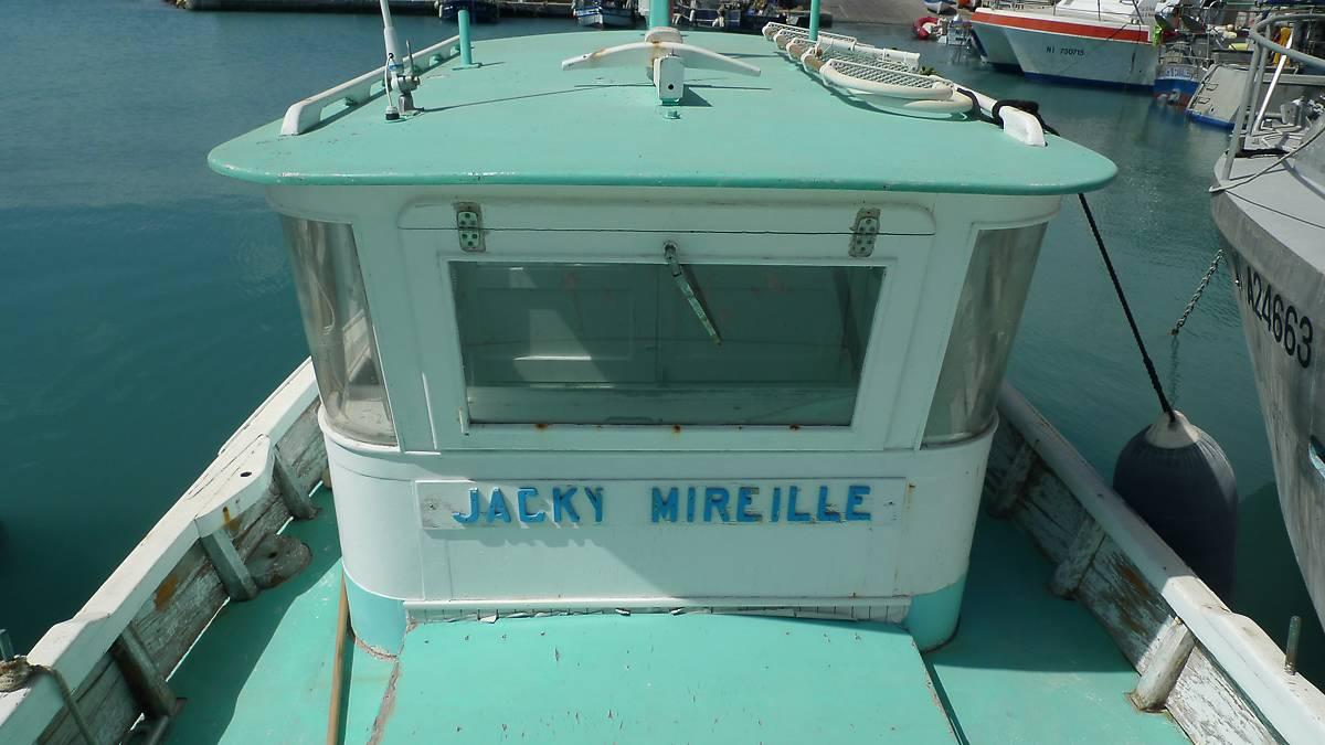 BATEAU JACKY-MIREILLE A CAGNES-SUR-MER