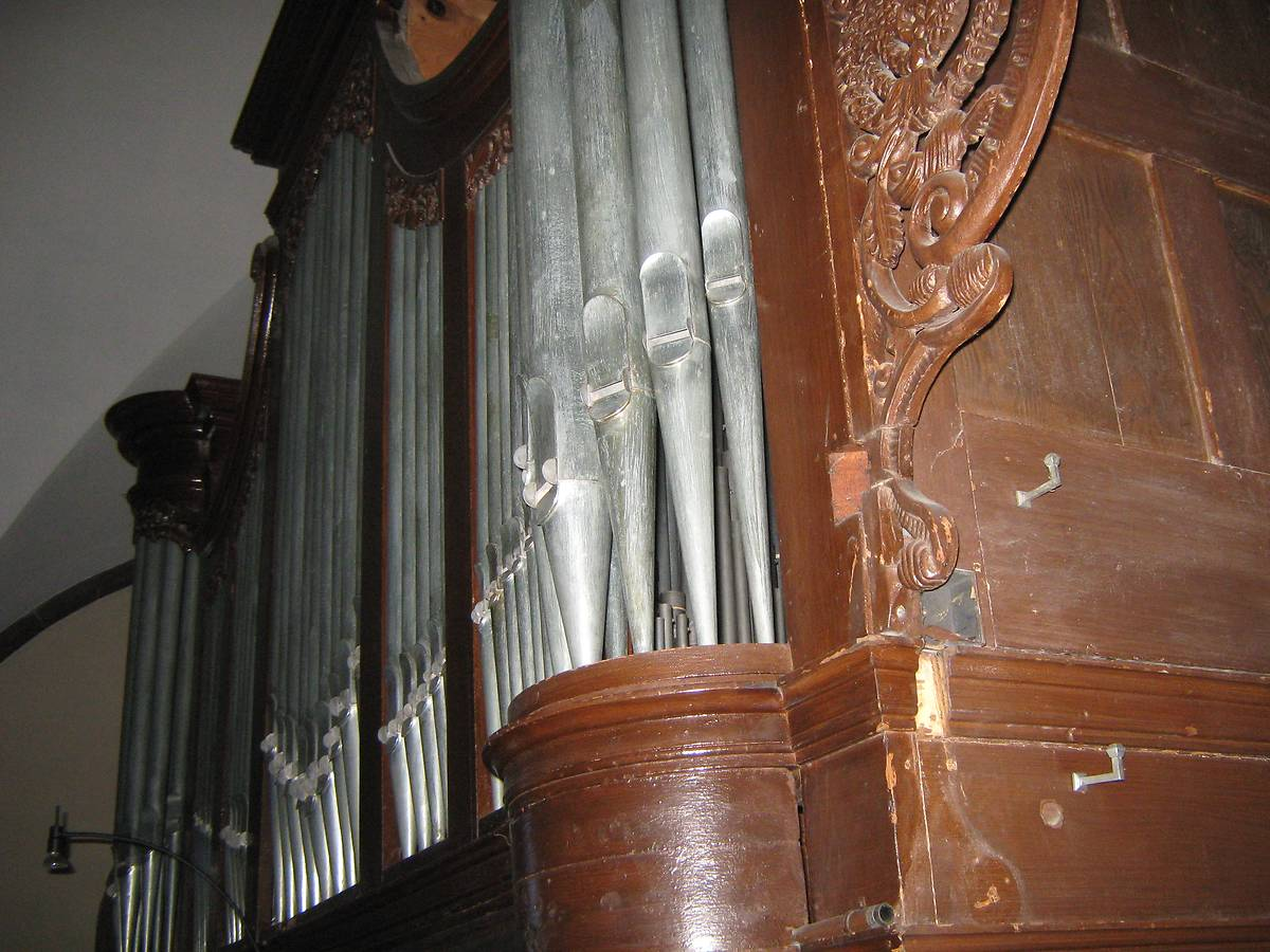 ORGUE DE L'EGLISE CATHOLIQUE DE ROSTEIG