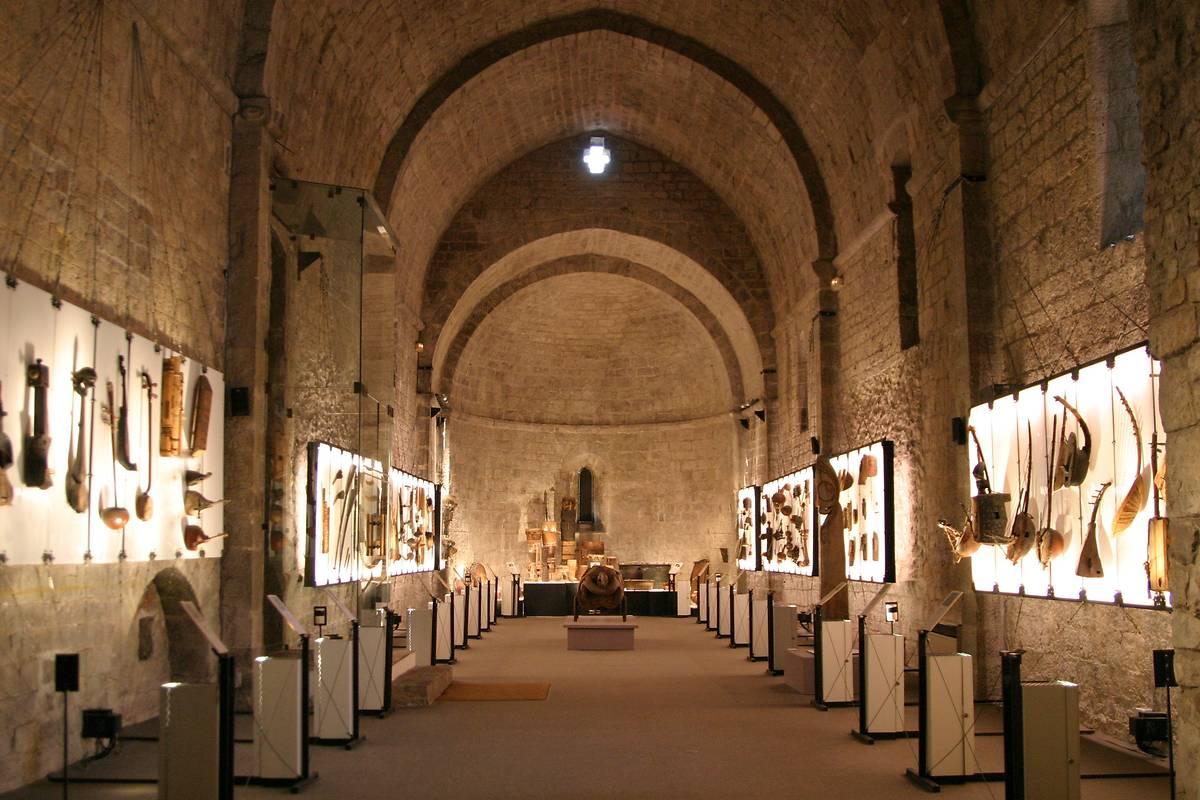 MUSEE DE LA CASTRE A CANNES