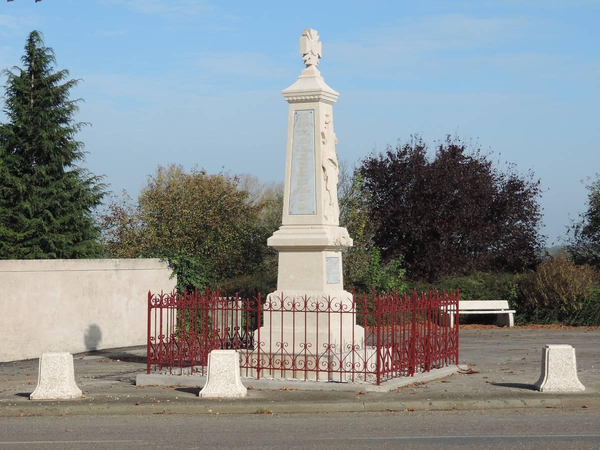 MONUMENT AUX MORTS DE SEXEY-LES-BOIS