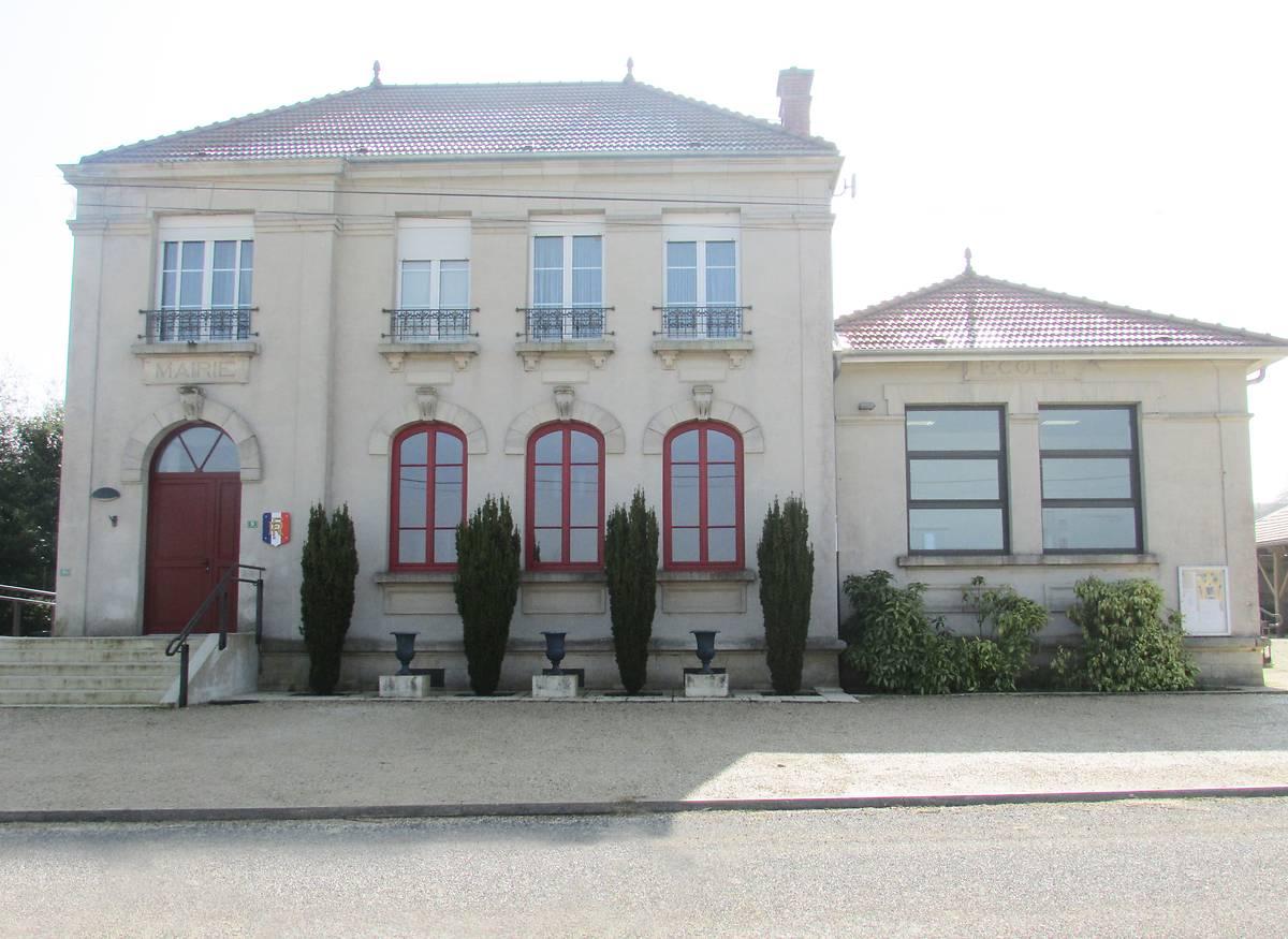 RESTAURATION DE LA MAIRIE DE CHAMPNEUVILLE