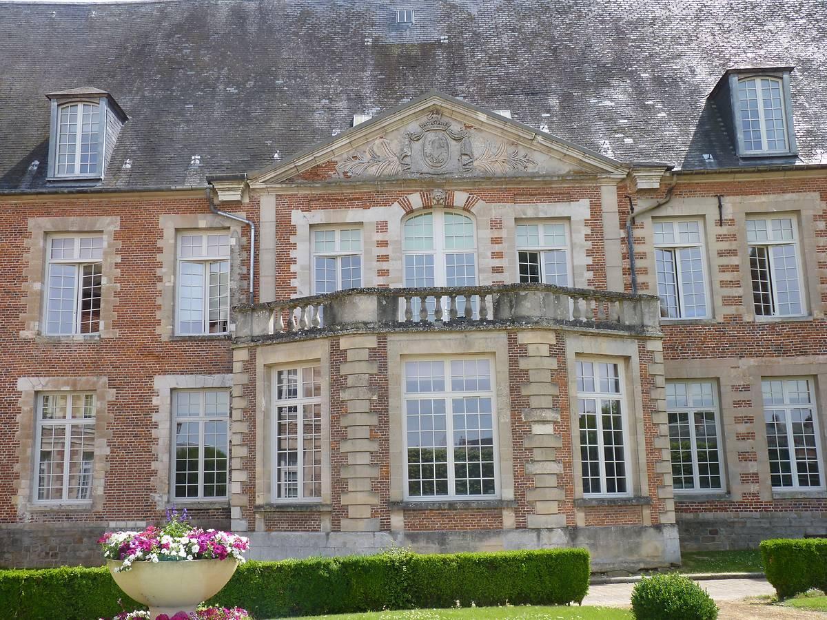 CHATEAU HOPITAL DE CREVECOEUR LE GRAND