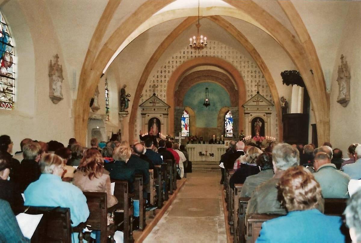 EGLISE DE LA CONVERSION DE SAINT-PAUL A FORCELLES ST GORGON