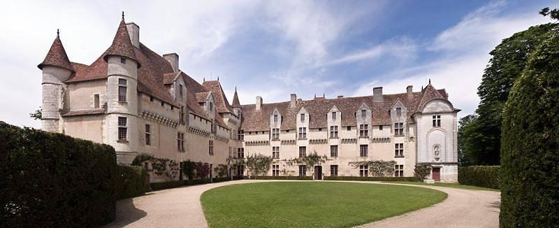 Chateau de Neuvic, Dordogne