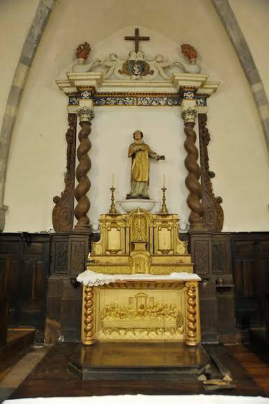 RETABLE ET BOISERIES DU CHŒUR DE L'EGLISE SAINT LAURENT- VENTAVON