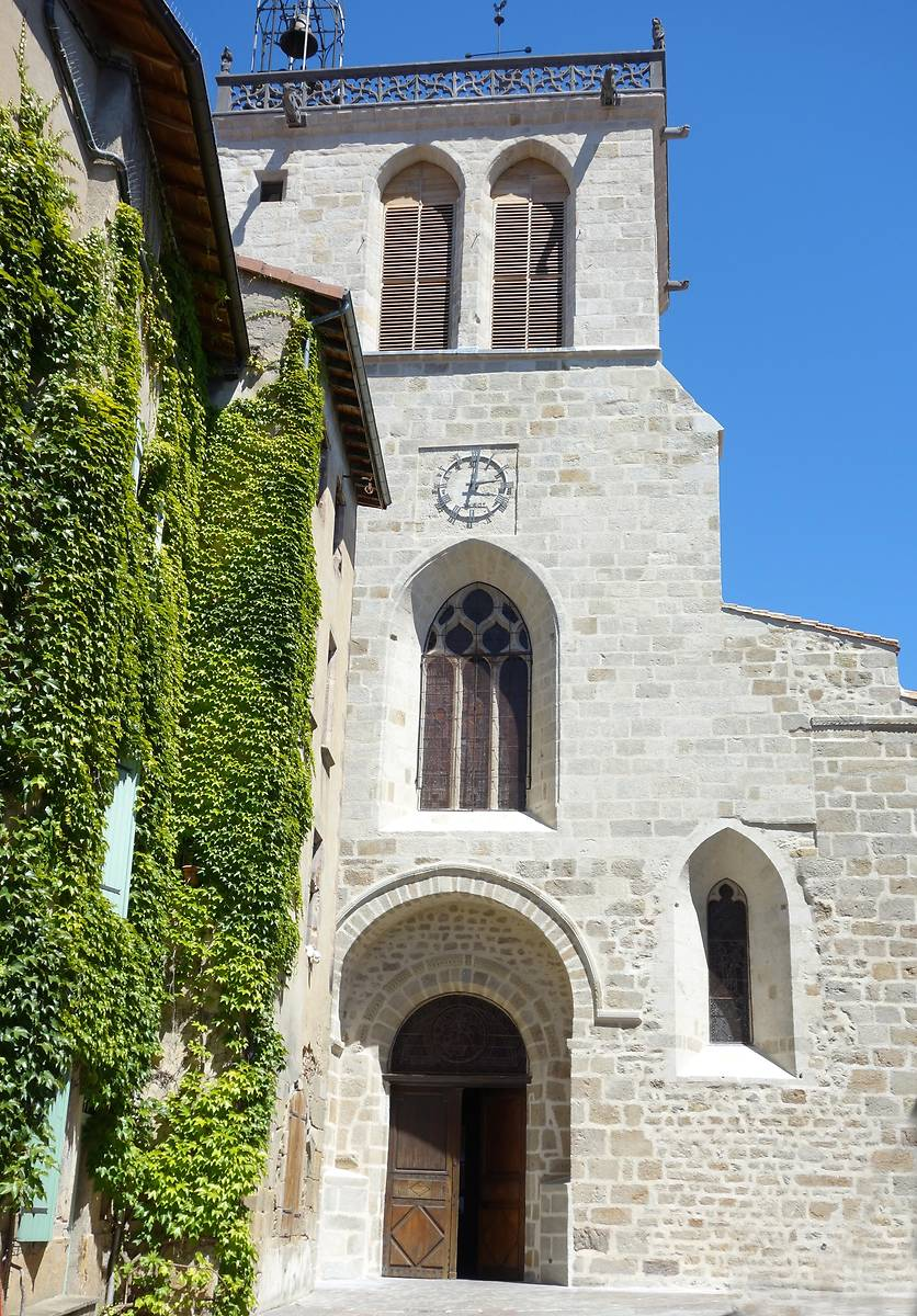EGLISE SAINT-MARTIN A COURPIERE