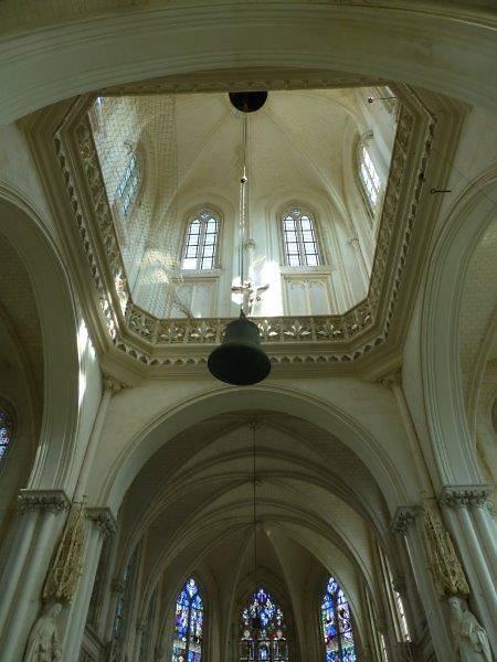 BEFFROI ET CLOCHE DE L'EGLISE D'ECRETTEVILLE LES BAONS