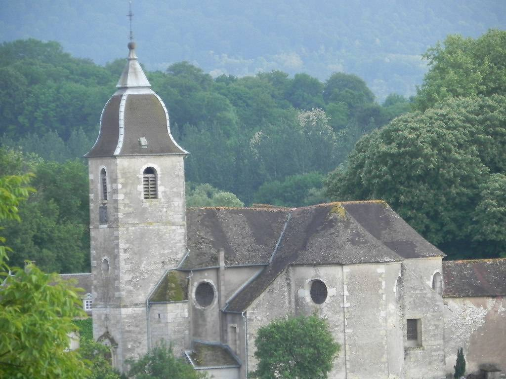 EGLISE SAINT MAURICE DE CIREY LES BELLEVAUX