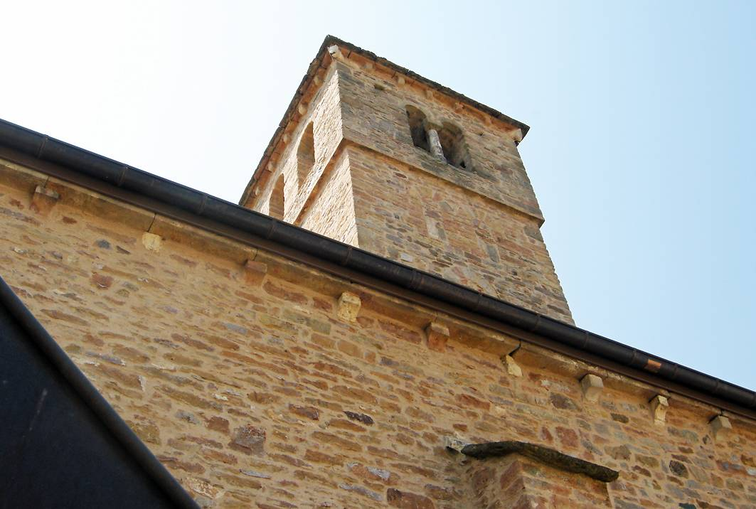 EGLISE A CHASSELAS