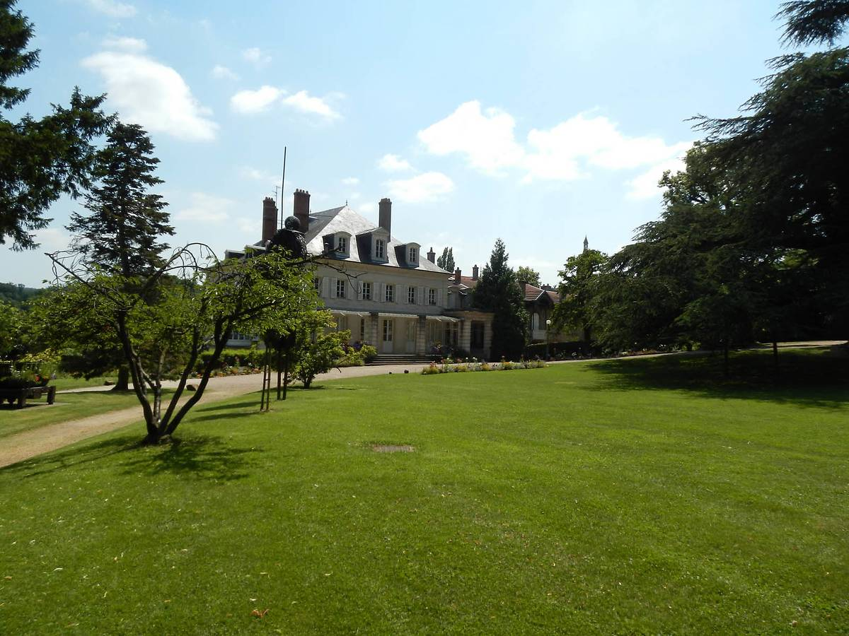 RESTAURATION DU CHATEAU DE MADAME DE GRAFFIGNY