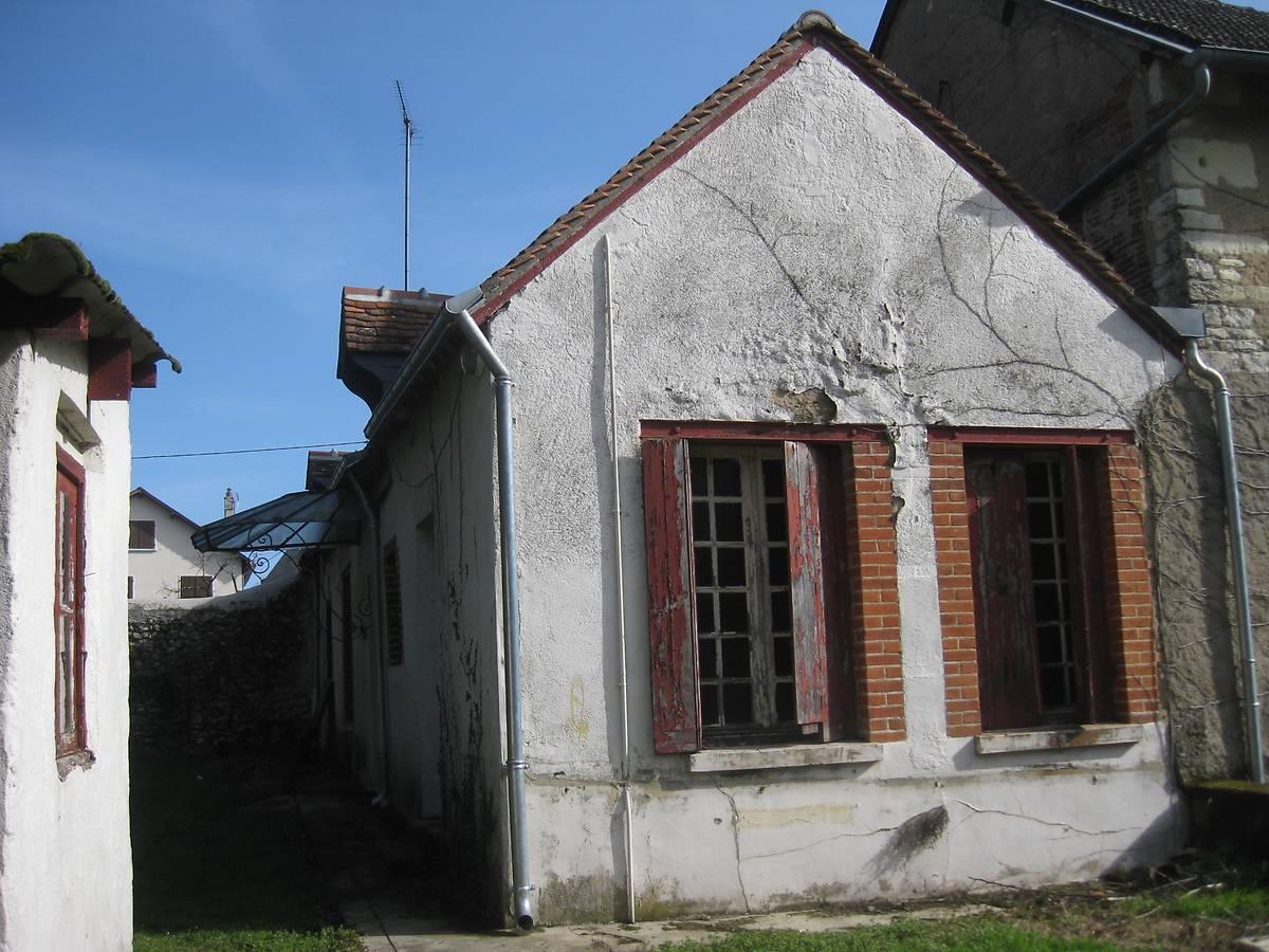 PAVILLON DOUMENG DE LA FAVORITE (COUR CHEVERNY)