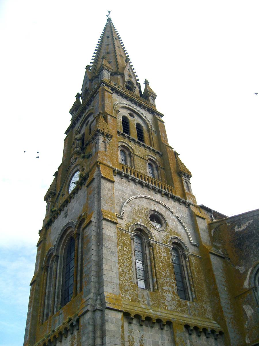 EGLISE SAINT LAURENT DE PARTHENAY