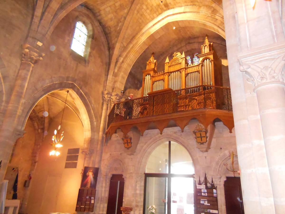 Orgue de l'église Saint-Géronce à Bourg, Gironde