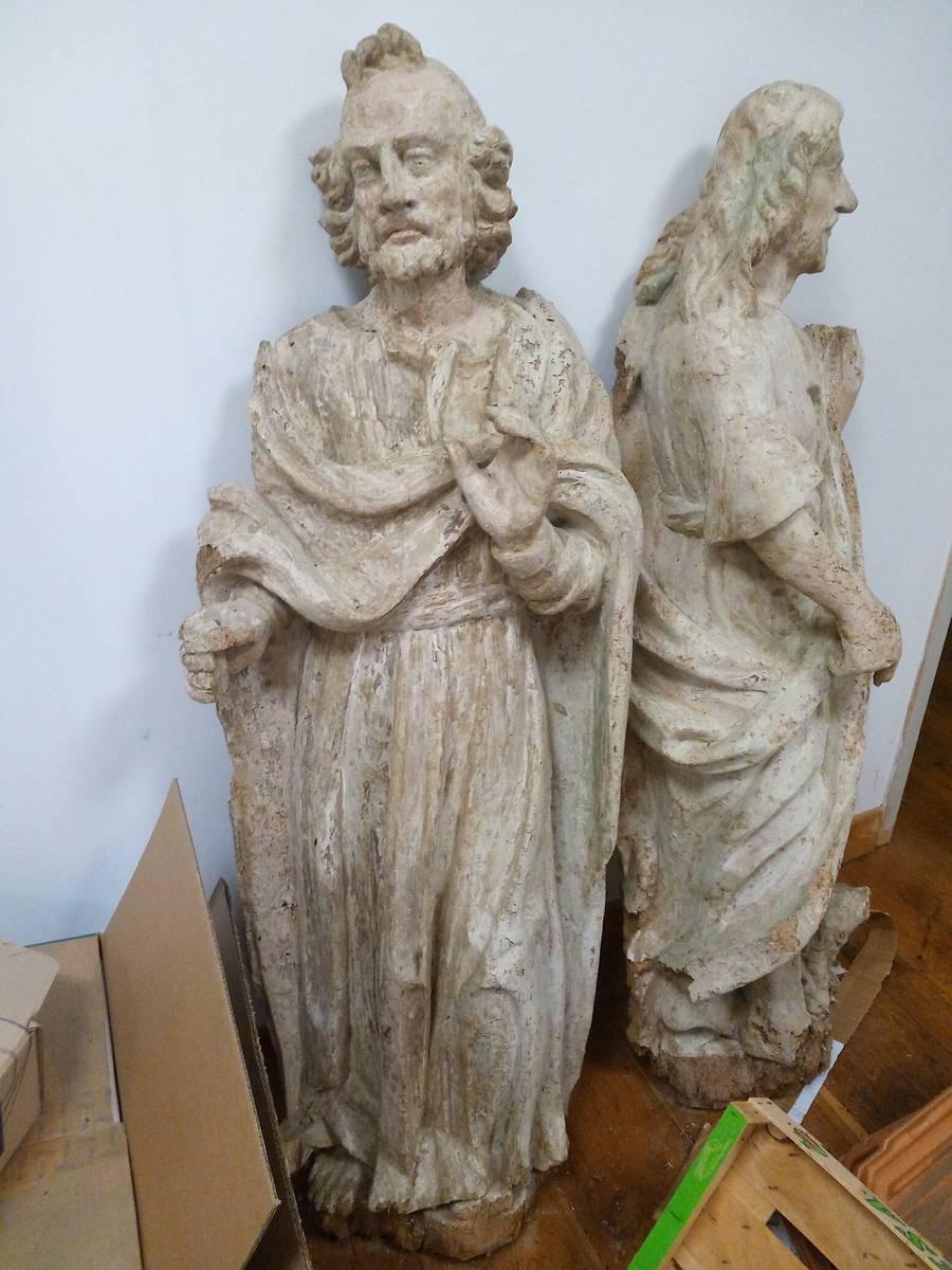 Statues, Eglise d'Arnos, Pyrénées Atlantiques