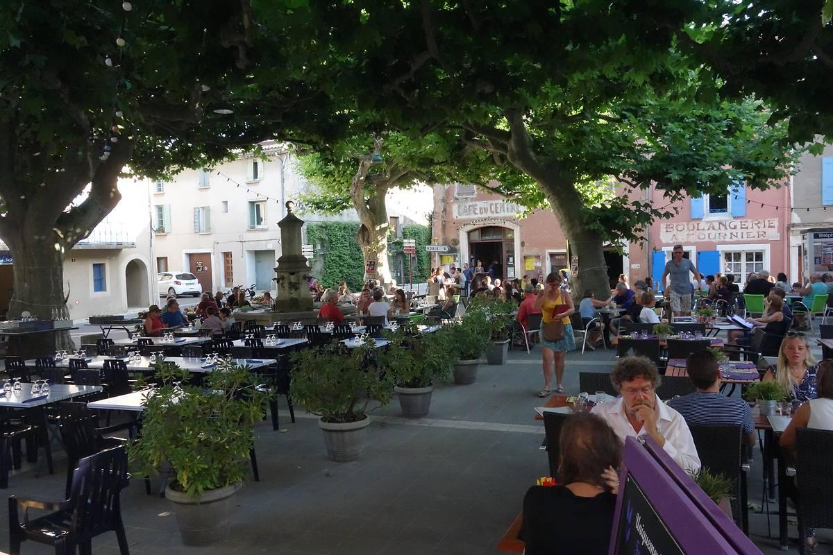 IMMEUBLE DU CAFÉ DU CENTRE - VILLEDIEU