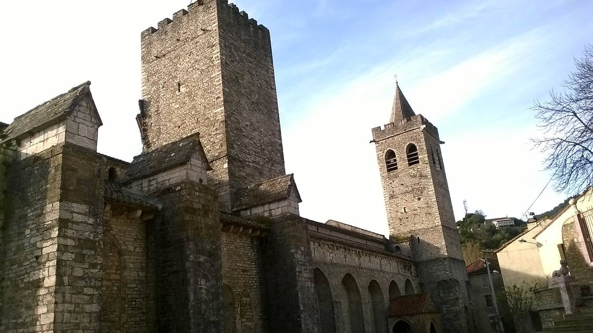 CATHEDRALE DE SAINT PONS DE THOMIERES