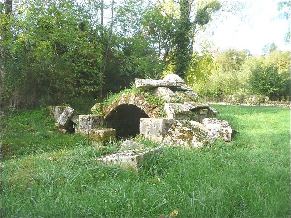 Fontaine de la Douayie