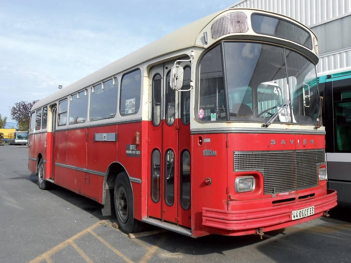 Car-Histo-Bus 73704-r09gxnnncc-whr