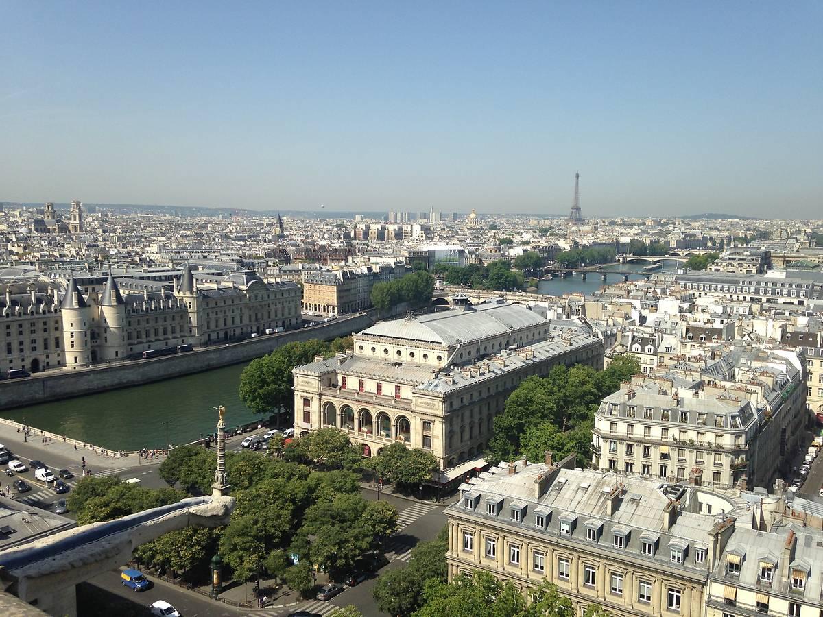 THÉÂTRE DU CHATELET A PARIS