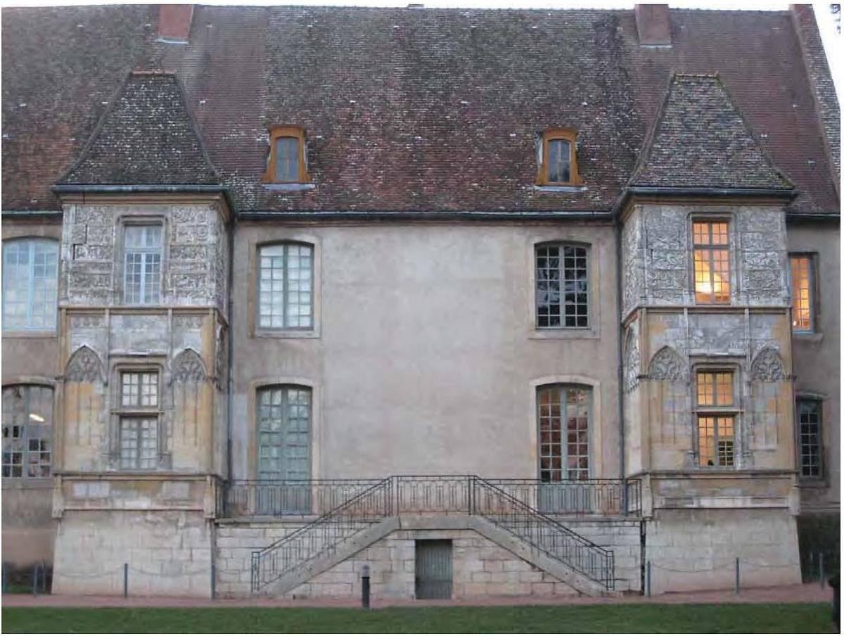 Palais Jacques d'Amboise à Cluny
