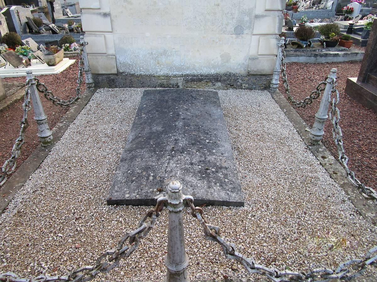 MONUMENT AUX MORTS DE LA GUERRE DE 1870 - HAM