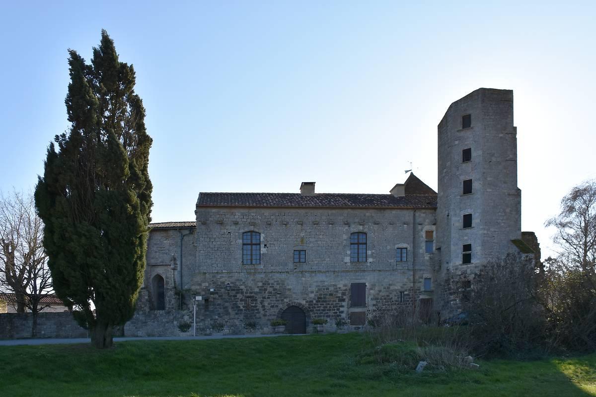 Chateau de Bazens