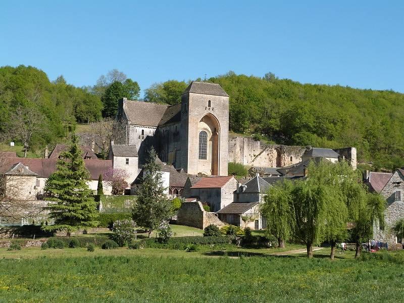 Eglise abbatiale de Saint-Amand-de-Coly, Dordogne