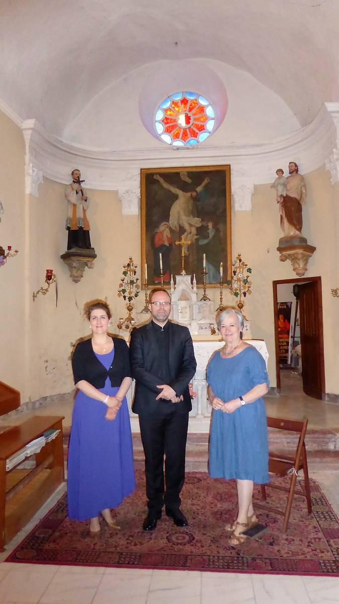 Le duo Ariane Wohluter et Philippe Mouratoglou accompagné d'une des déléguées régionales de l'Aude Marie-Jeanne Jaffres