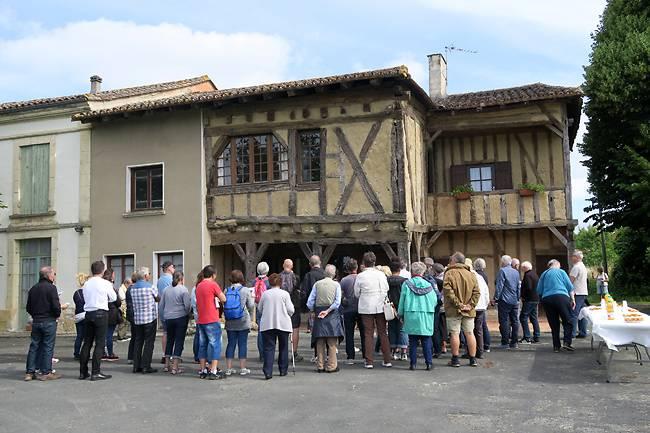 Maison à empilage de poutres de Saint-Dizier à Cavarc