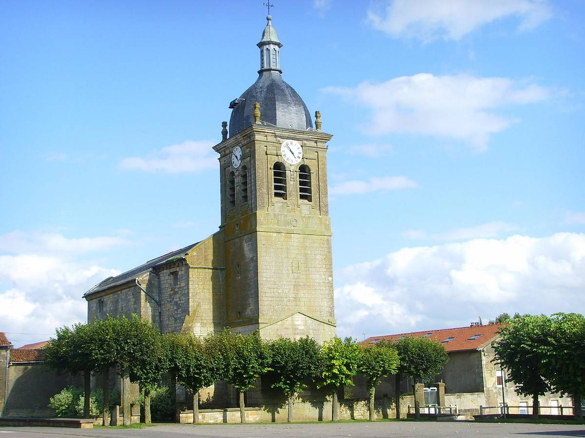 EGLISE SAINT MEDARD A PILLON