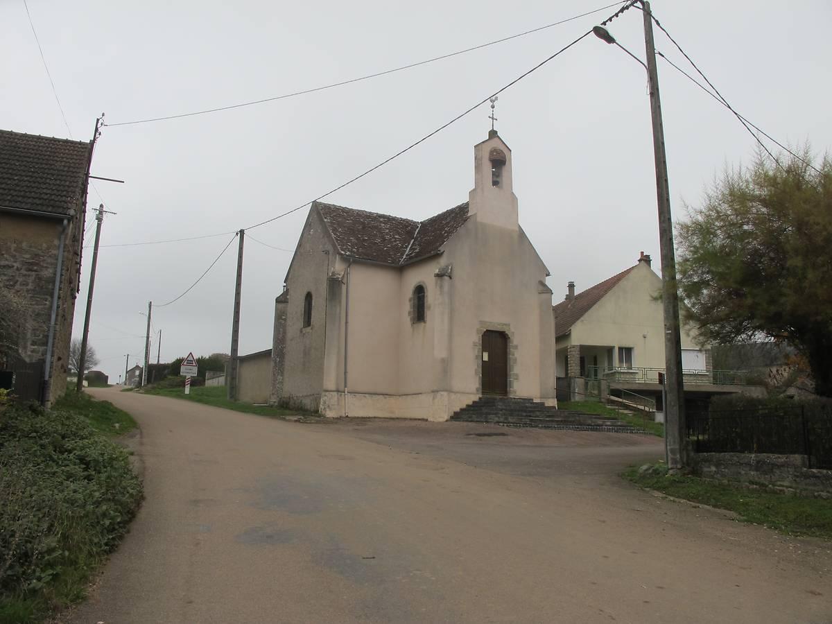 L'église de Sardy-lès-Epiry dans la Nièvre
