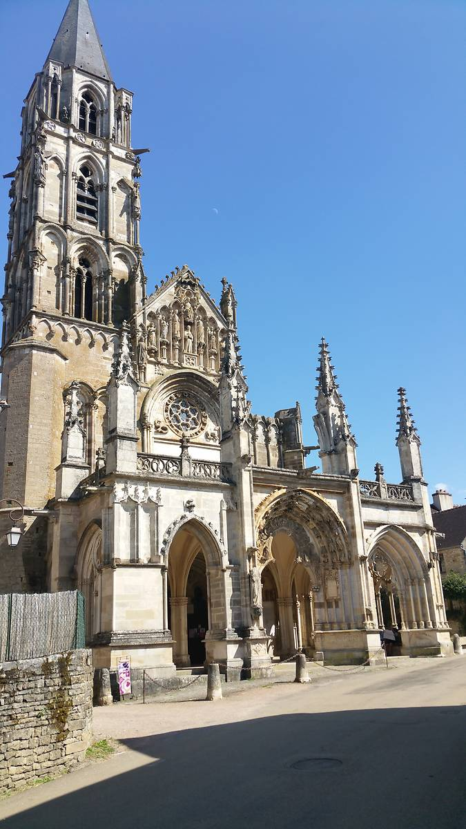 Eglise Notre Dame à Saint Père dans l'Yonne