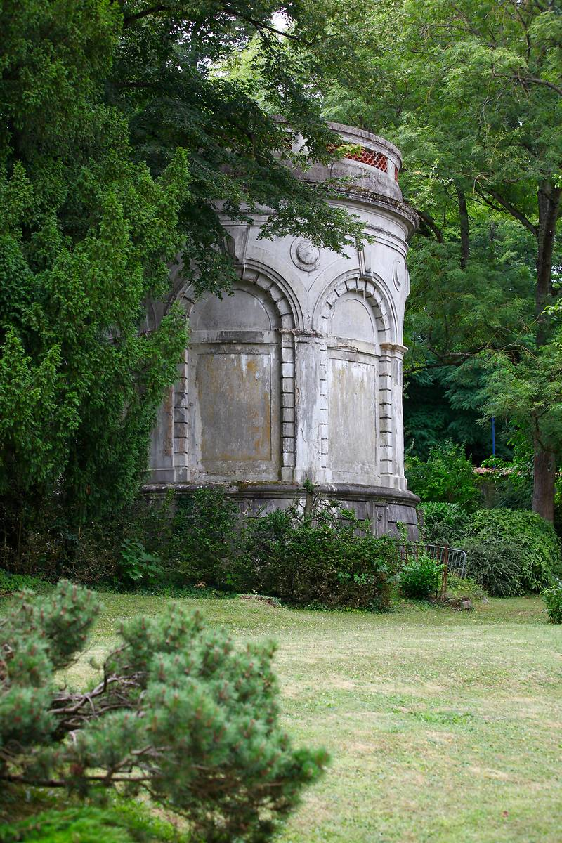 Château d'eau de la Maison Ferrari à Clamart