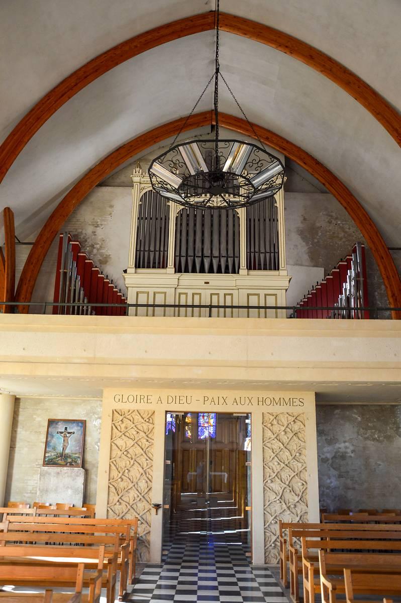 Orgue de l'église Saint Nicolas de Brunehamel