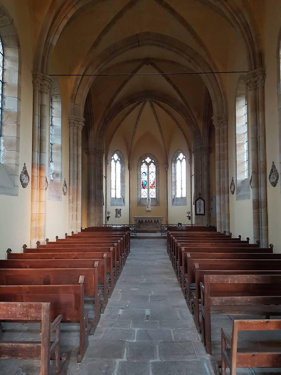 Intérieur de l'église de Frasnay Reugny