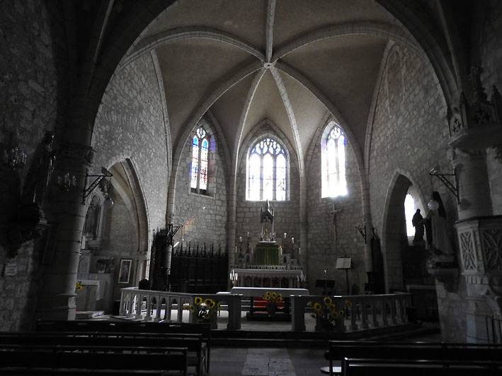 EGLISE SAINT-JACQUES DE BEAUVILLE