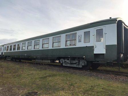 VOITURES DU TRAIN À VAPEUR - CLERMONT-FERRAND