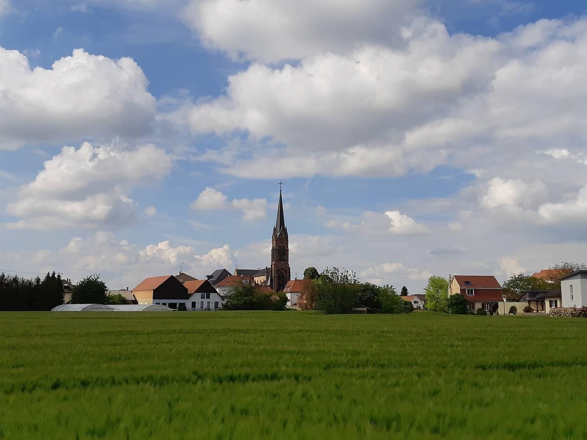 L'église Saint-Nicolas de Village-Neuf