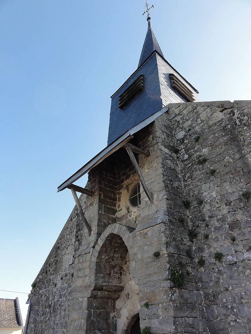 Bucy-lès-Cerny_(Aisne)_église_(02)Eglise Saint Basle de Bucy-Les-CernyEglise Saint Basle de Bucy-Les-Cerny