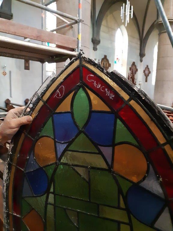 20190909_134620Restauration des vitraux de Village-Neuf