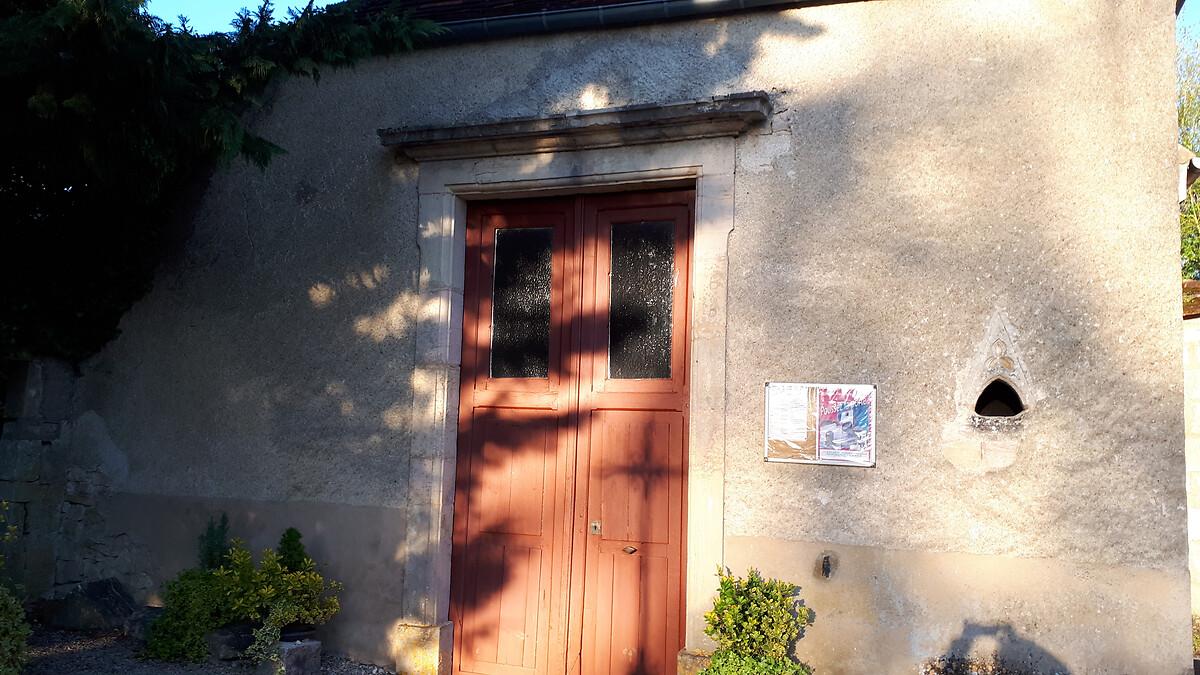 20190515_200420_001Mur et porche église de Couternon